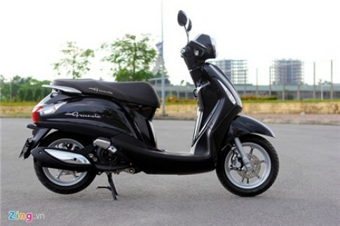 Honda, Yamaha tung chieu 'den xe mat cap' o Viet Nam