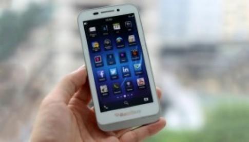 Lo dien Blackberry Kopi ban phim truot tai Viet Nam
