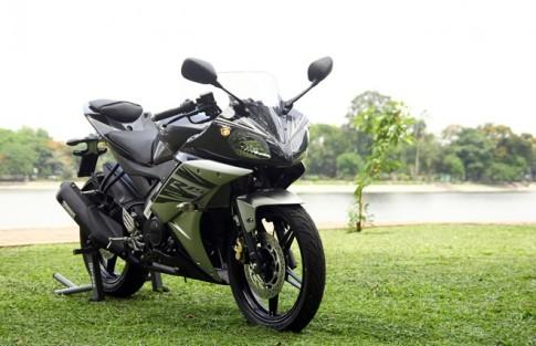 Danh gia Yamaha R15 2014 - Gia xe va hinh anh chi tiet