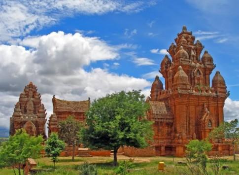Du lich Ninh Thuan voi nhung kham pha moi.
