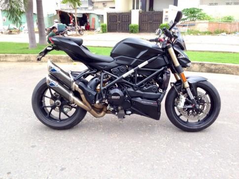 Ducati Streetfighter 848 ham ho o Sai Gon