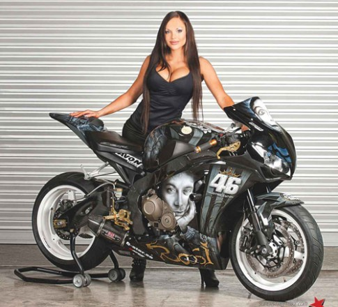 Honda CBR1000RR Valentino Rossi Style