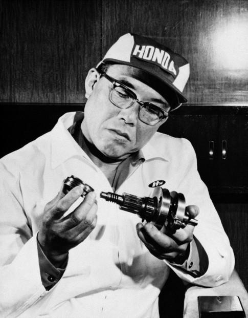 Lịch sử về sự nghiệp lẫy lừng của ông chủ đế chế Honda