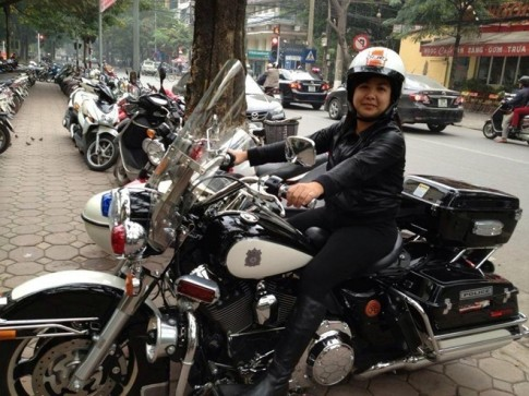 Nhung nu biker Viet ca tinh dam me xe PKL