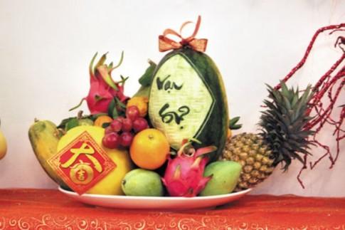 Phong thủy ngày Tết: Cách sắp xếp mâm ngũ quả và lễ cúng bàn thờ gia tiên