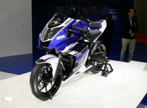 Yamaha R25 đẳng cấp với động cơ 2 xi lanh