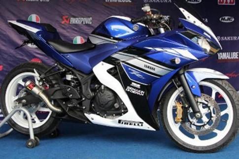 Yamaha R25 với ống pô Akrapovic tại Malaysia