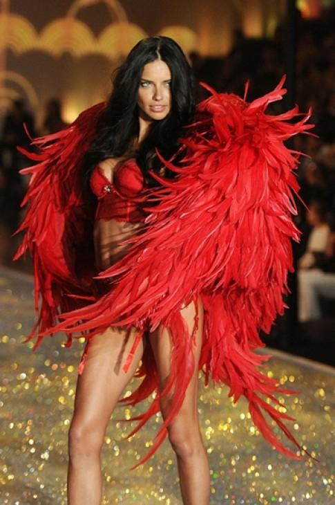 10 thong tin gay chu y ve Victoria's Secret 2014