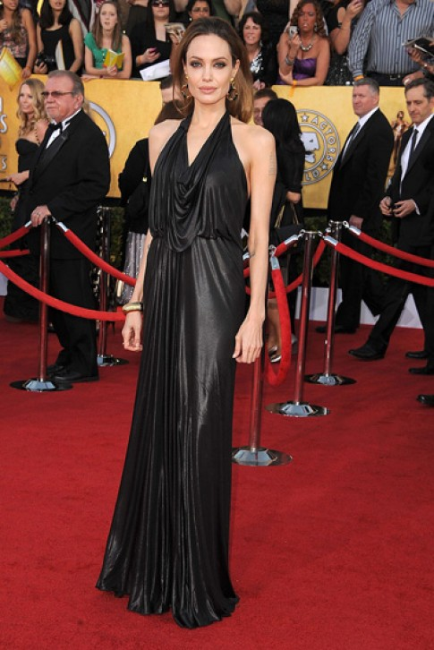 30 bo vay den quyen ru cua Angelina Jolie (tiep)