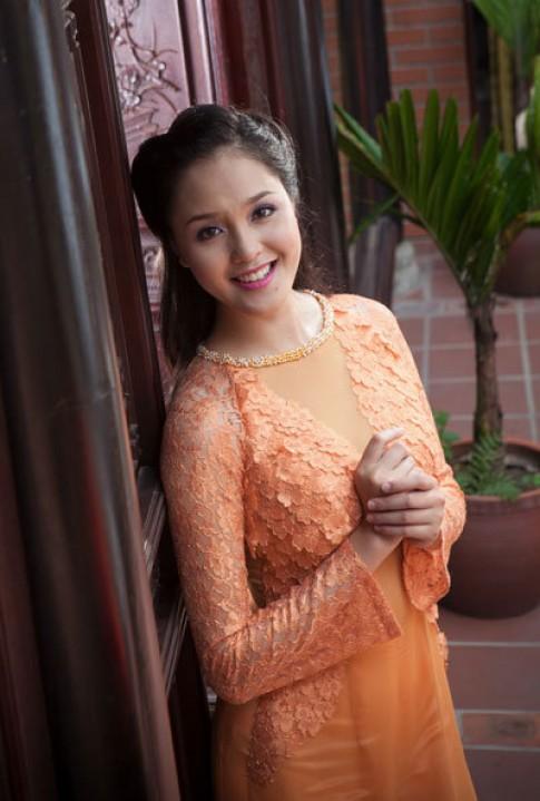 A hau Hoang Anh dam net co xua