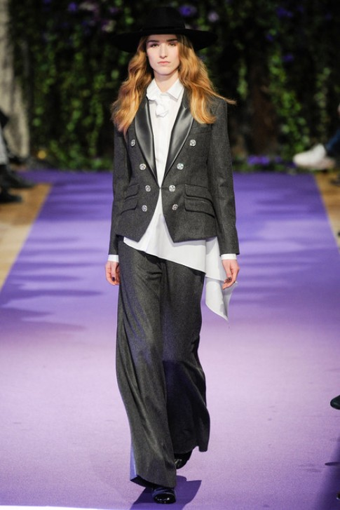 Alexis Mabille dung tay ao lam that lung o Paris Fashion Week