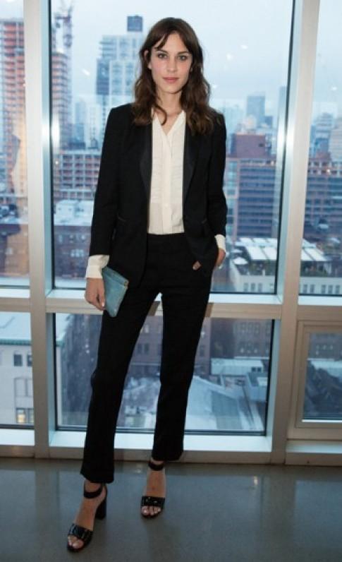 Amanda Seyfried, Alexa Chung gợi ý mix đồ thu phá cách