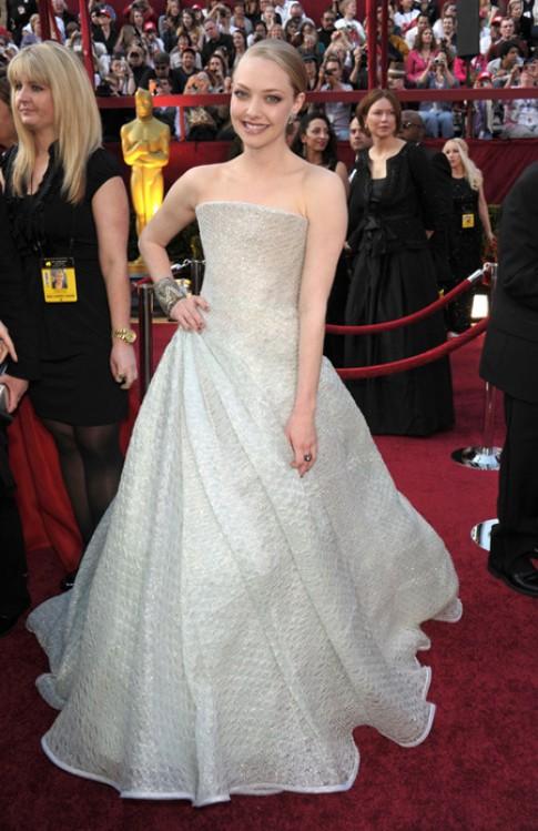 Amanda Seyfried và gu thời trang ngày càng cuốn hút