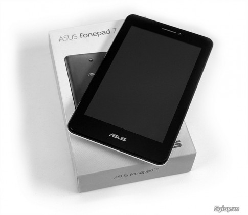 Asus FonePad 7 Dual Sim: Tablet 2 sim 2 song dau tien
