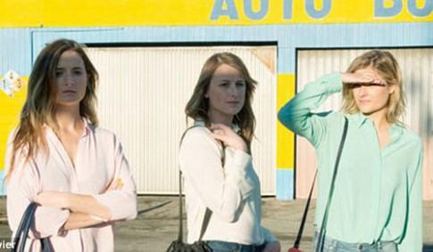 Ba cô con gái xinh đẹp của Meryl Streep làm mẫu ảnh