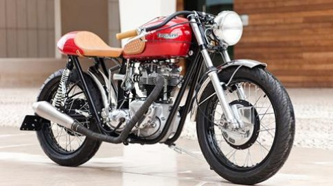 "Ban ""do"" cafe racer cua Triumph TR6R"