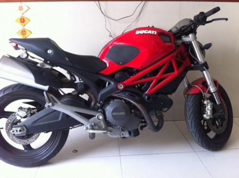 Ban xe Ducati Monster 975