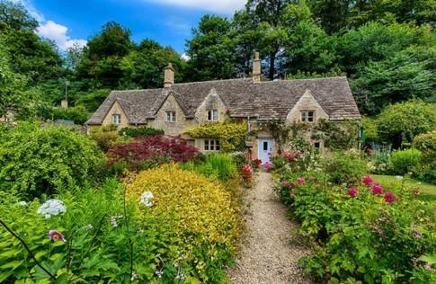 Bibury, ngôi làng cổ xinh đẹp nhất nước Anh