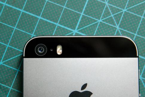 """Camera iPhone 6 - cai tien hieu nang, khong chay dua tang """"cham""""!"""