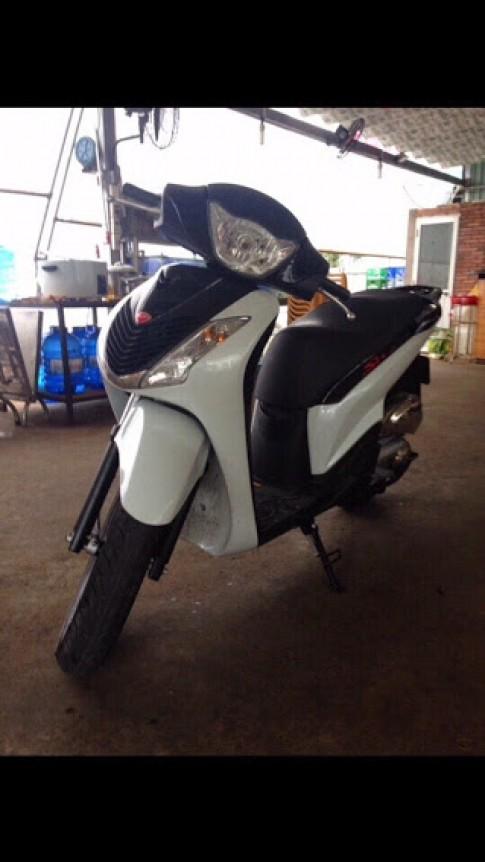 Can ban gap Honda SH 150i Sporty Model 2010 nhap khau nguyen ban