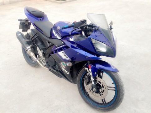 Can ban Yamaha R15 V2 xe zin gia cuc tot cho anh em dam me