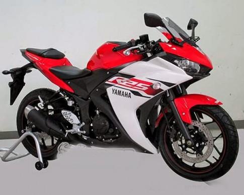 Can canh nhung chiec Yamaha R25 dau tien duoc bay ban tai Viet Nam