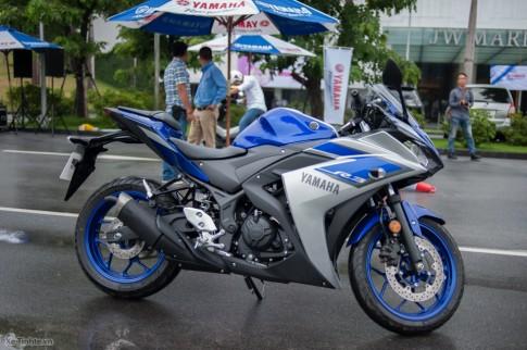 Cận cảnh Yamaha YZR-R3 nhập khẩu chính hãng tại Việt Nam