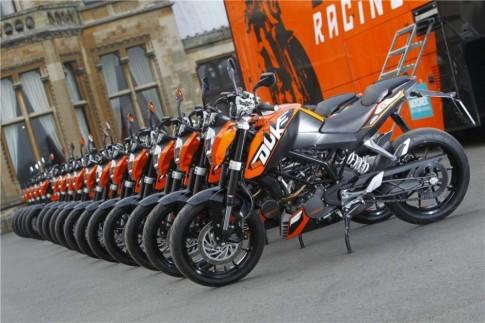Cập nhật giá bán xe môtô của KTM tại Việt Nam