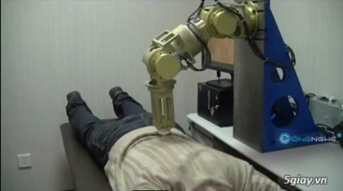 Che tao thanh cong Robot co kha nang massage