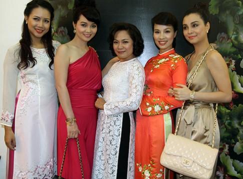 Chi em Mai Thu Huyen lam vedette