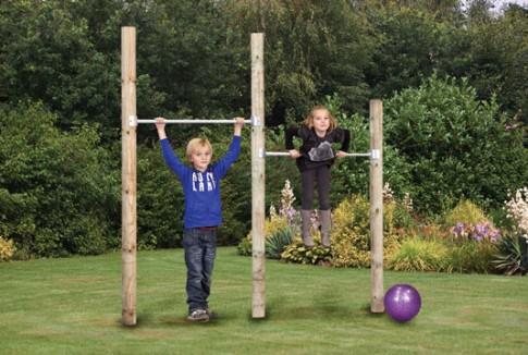 Cho trẻ rèn luyện thân thể