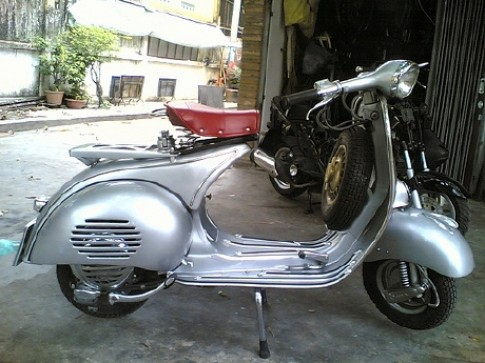 """Choi"" Vespa co can chu y dieu gi!?"