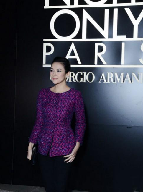 Chuong Tu Di dien sac tim toi Tuan thoi trang Paris