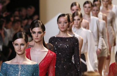 Cuộc chiến giành vị trí của 4 tuần lễ thời trang