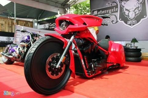 Dan moto doc khung tai ngay hoi Viet Nam Motorbike Festival