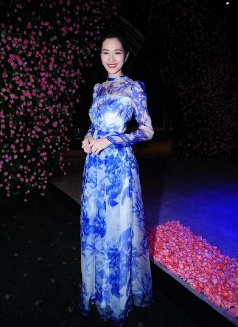 Dàn sao chưng diện dự Tuần thời trang Quốc tế Việt Nam