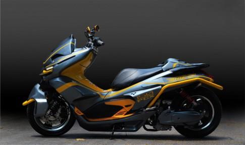 Do phong cach Transformer cho xe Honda PCX150