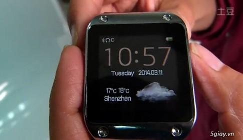 Đồng hồ Galaxy Gear của Samsung cũng có...hàng nhái