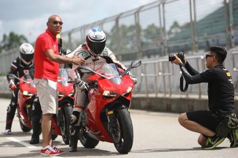 Ducati 899 Panigale dành cho người mới bắt đầu chơi Superbike