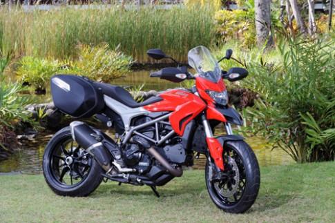 Ducati Hyperstrada có giá từ 400 triệu đồng