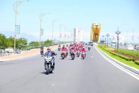 Ducati Viet Nam dieu hanh mung dai hoi mo to Da Nang