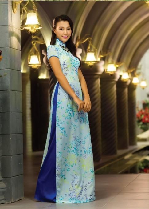 Duyên dáng với áo dài Thái Tuấn