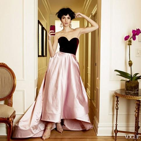 Em gai Kim Kardashian lan dau xuat hien tren Vogue