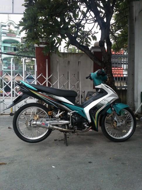 Ex 2k10 xanh trắng khôi ngô