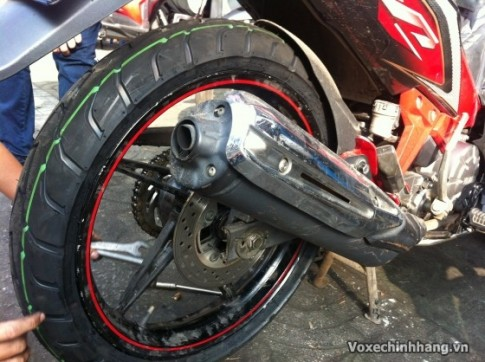 Exciter 135 2014 di vo Michelin size bao nhieu thi hop ly?