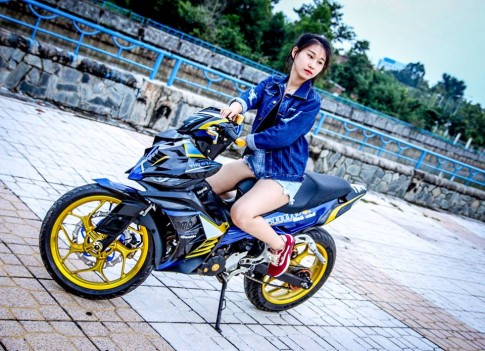 Exciter 135 che mu ham ho do dang canh nguoi dep
