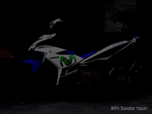 """Exciter - 150 phiên bản Movistar Trắng xanh GP """"Phong cách"""""""