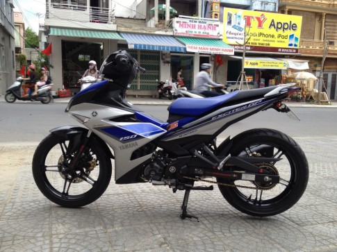 EXCITER 150GP đen-xanh-bạc