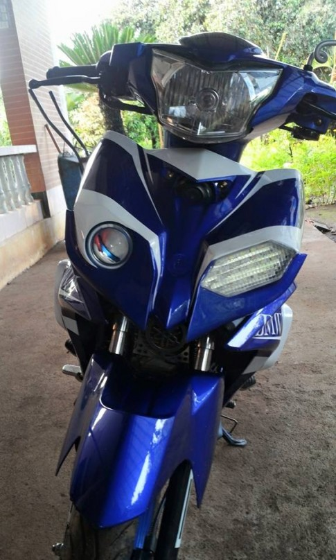 Exciter che mu ham ho tu y tuong BMW S1000rr