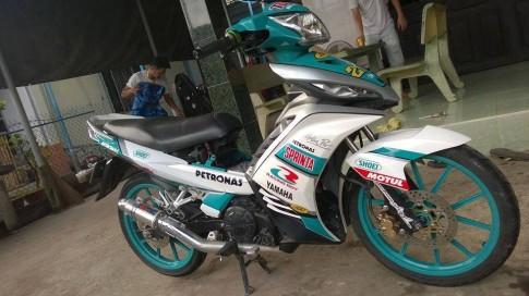 Exciter lên tem đấu Petronas
